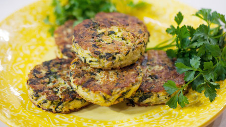 5-Ingredient Goat Cheese and Spinach Hash Brown
