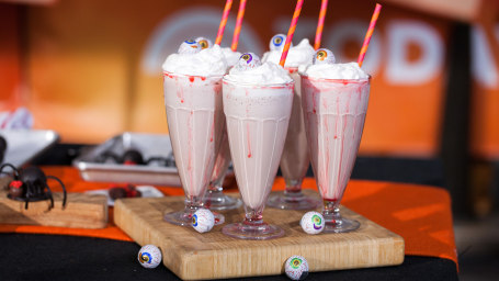 Elise Strachan:6 frighteningly fantastic Halloween dessertsEyeball Milkshakes. TODAY, October 27th 2016.