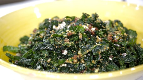 Siri Dali's Kale Salad with Crispy Bread Crumbs.TODAY, November 15th 2016.