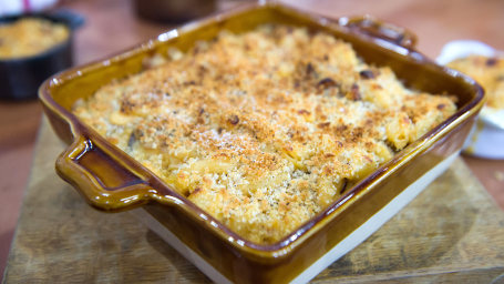 Molly Yeh's Mac & cheese, 2 ways: Smoky bacon + Gruyere with caramelized onions --february 22, 2017.