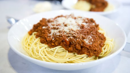 Slow-Cooked Spaghetti Bolognese