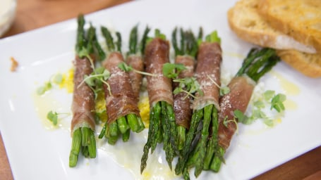 Asparagus with Prosciutto and Brown Butter