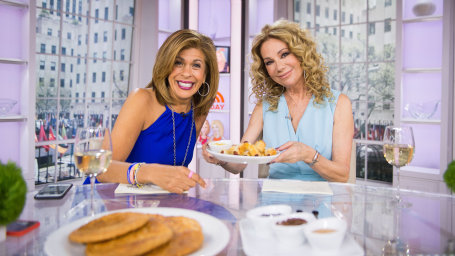 Walmart's Crotilla with Hoda Kotb and Kathie Lee Gifford on TODAY