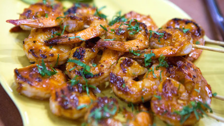 Elizabeth Heiskell's Honey-Sriracha Shrimp