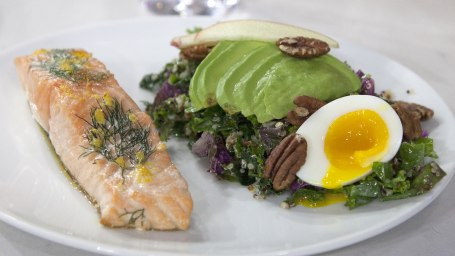 SEAMUS MULLEN LIVE TO 100: Seamus Mullen's Perfectly Pan-Roasted Salmon + Kale Caesar with Quinoa and Pecans