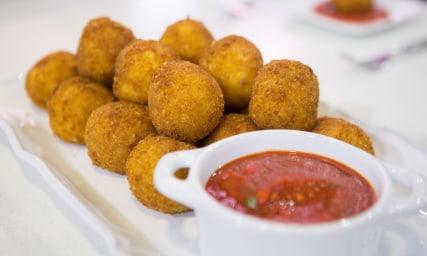 Alberti's Arancini with a Twintastico Sexy Sauce