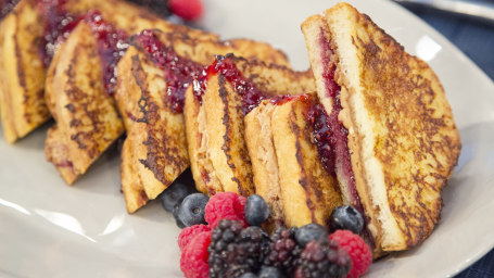 Peanut Butter-and-Jelly-Stuffed French Toast
