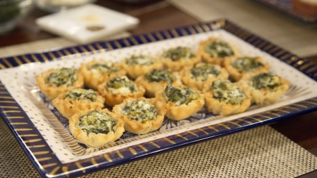 "Damaris Phillips, author of the cookbook ""Southern Girl Meets Vegetarian Boy,"" joins Megyn Kelly TODAY to demonstrate delicious and easy holiday appetizers, including baked brie, olives in a blanket, and spinach and feta tarts."