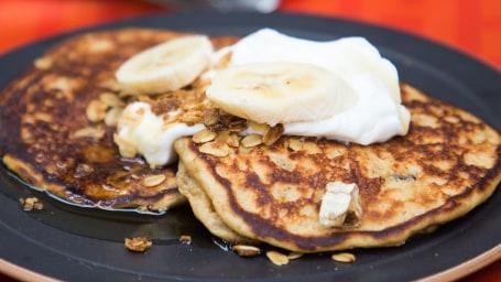 Bryan Voltaggio's Granola Banana Pancakes