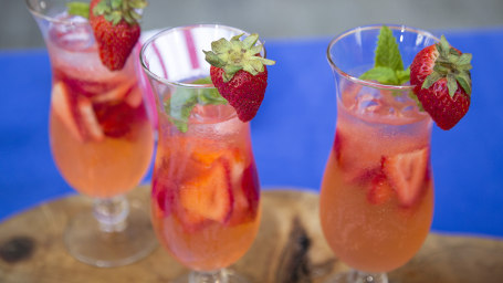 Sunny Anderson's vodka strawberry spritzer