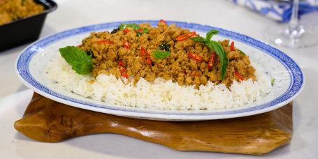 Chungah Rhee's Thai Basil Chicken Bowl + Mason Jar Ramen Soup + Turkey Taco Salad + Rainbow Hummus Veggie Pinwheels