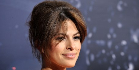 how to style short hair for a night out hairstyles hair color ideas hair tips trends amp more 7235 | eva mendes today main2 190415 c8cc57d85f6e18179c83811b5ecf7235.today front large