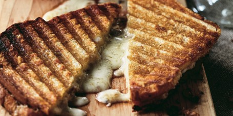 Ina Garten's Cheddar and Chutney Grilled Cheese