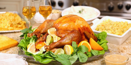 Sandra Lee's Holiday Turkey with Cornbread Stuffing