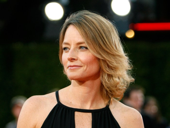[Image: ss-130109-Jodie-Foster-tease.today-inline-large.jpg]