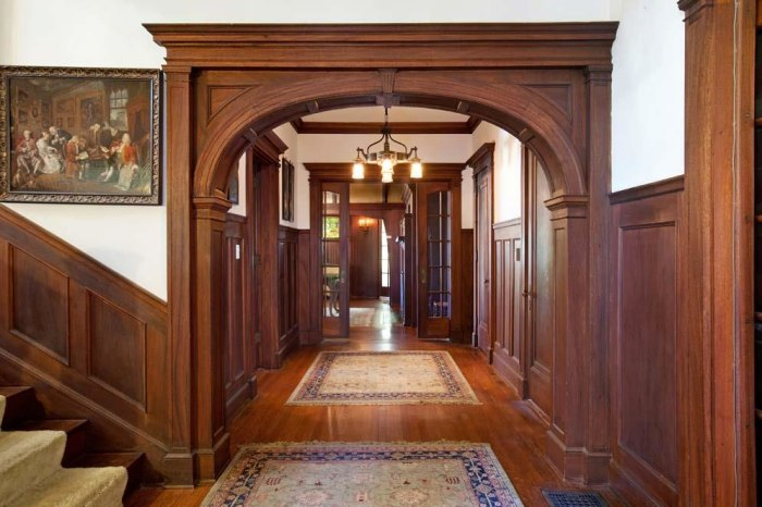 Look Inside American Horror Story Mansion Sells Today Com
