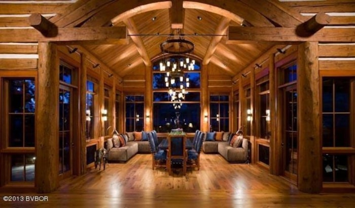 See The Montana Mansion Built Lincoln Log Style Today Com