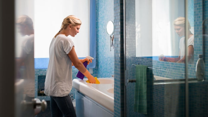 How To Clean Your Bathroom Spring Cleaning How To Clean Your Bathroom In Minutes  Today