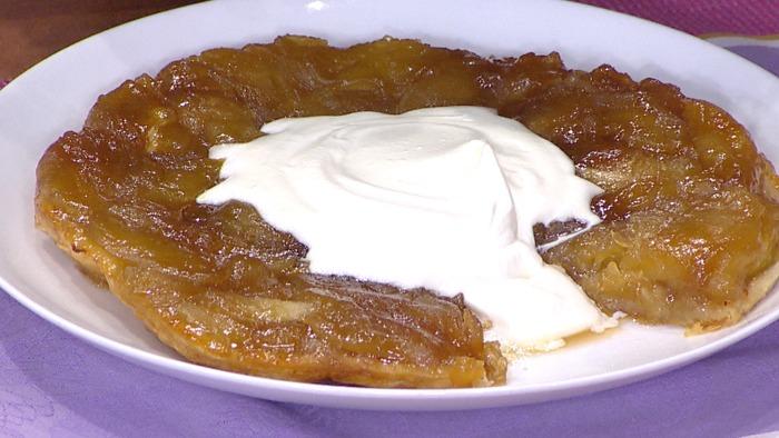 Mark Murphy cooks a tarte tatin on TODAY April 27, 2015.