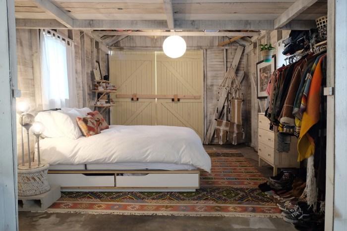 garage bedroom. Brooke Frederick See a dingy garage transform into the coolest bedroom ever  TODAY com