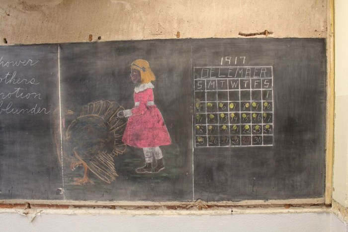 100-year-old chalkboard drawings found in Oklahoma school are stunning