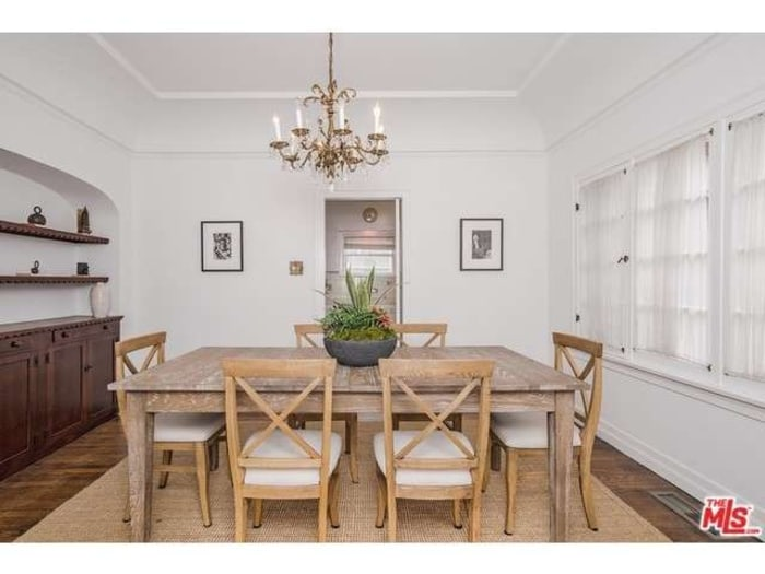 Beck puts santa monica home on the market see photos - App that puts santa in your living room ...