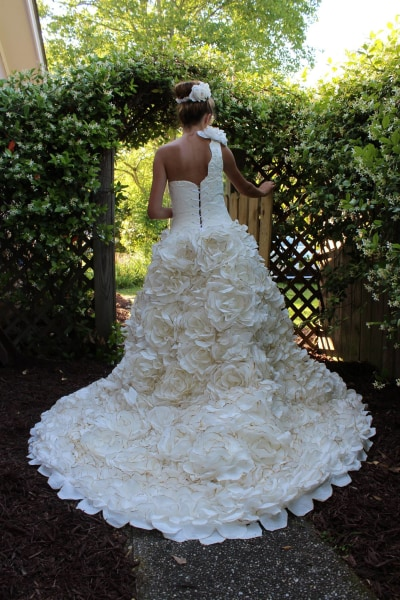 Wedding Dresses Made With Toilet Paper Expensive Wedding Dresses
