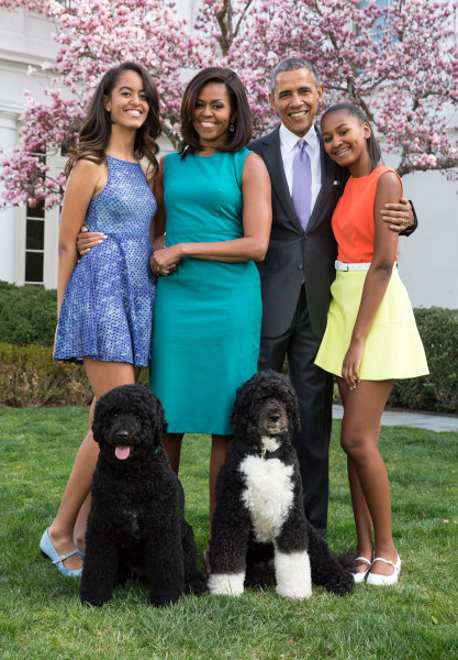 president obama pens essay white house made family life more pete souza the white house president barack obama