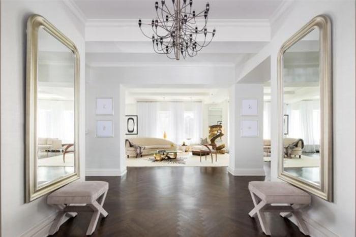 Donald Trump Sells 5 Bedroom New York Apartment For 21