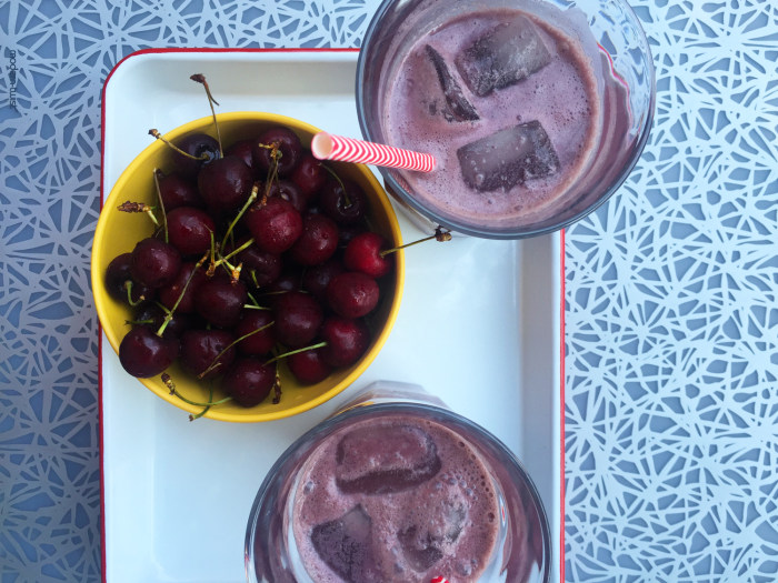 Healthy Cherry Almond Smoothie recipe