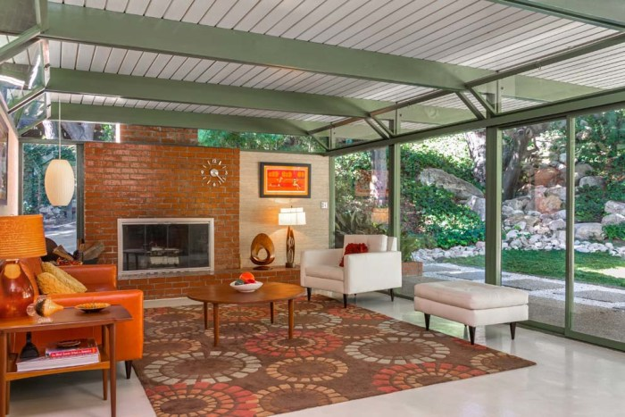 Bright 1950s mid century modern los angeles home is for for Mid century modern homes for sale los angeles