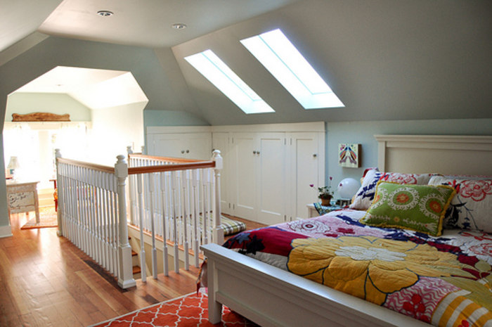 Before And After Pics See This Dreary Attic Turned Into A Colorful Master Bedroom