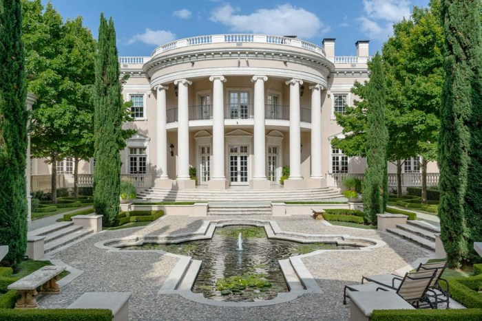 White House Look Alike In Dallas Hits The Market Today Com