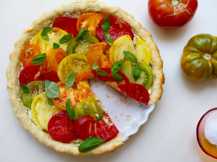 This heirloom tomato tart recipe is super-easy thanks to store-bought ...
