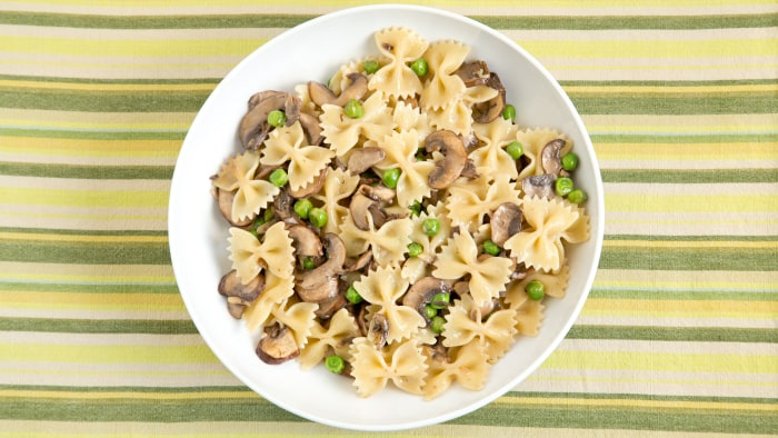 Farfalle with Creamy Mushrooms and Peas recipe