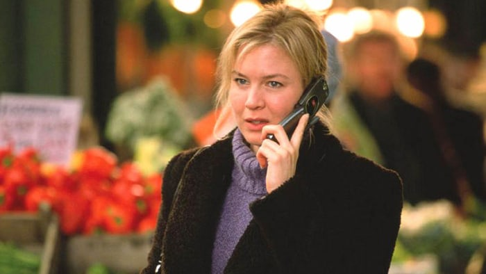 bridget jones s diary comparitive between book and film Bridget's narrative voice accompanies the entire film and it helps bring both the diary entry style of the book, and bridget's hilarious inner thoughts into the movie one of the major.