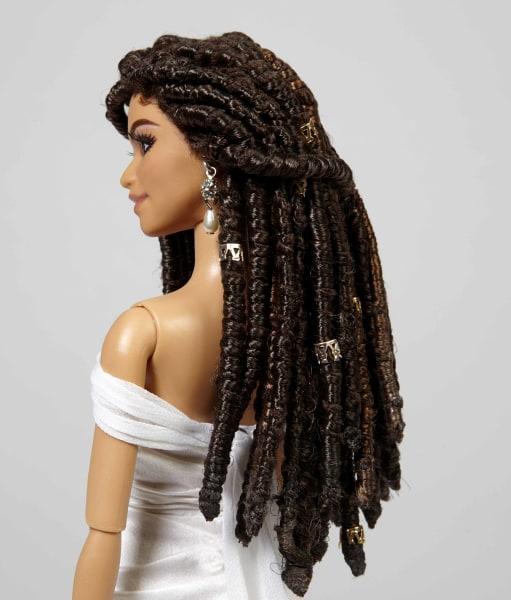 Perfect dreadlocks! Zendaya Barbie looks just like Zendaya did at the Oscars in 2015
