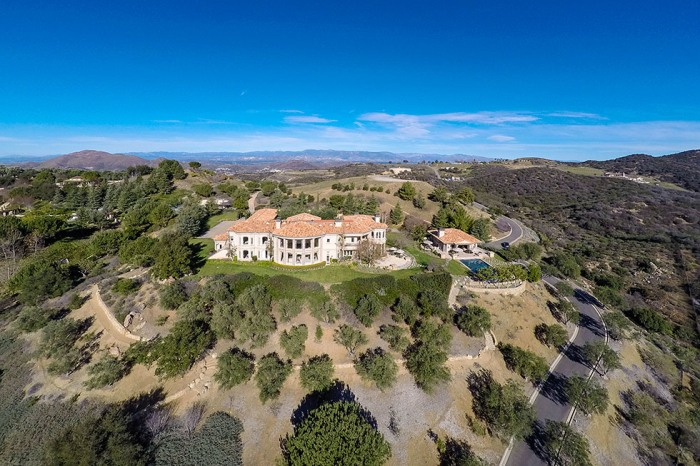 Britney Spears Buys 20 Acre Southern California Home