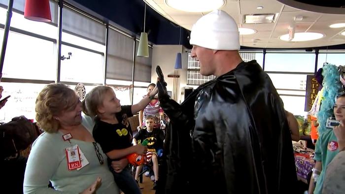 J.J. Watt is Batman! Texans star surprises children's hospital in character on TODAY
