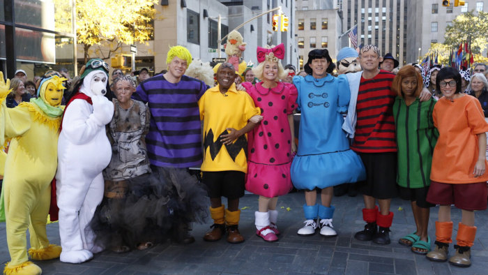 TODAY Halloween show reveal, Peanuts gang.