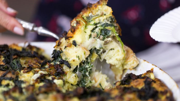 Giada de Laurentiis's recipe for sausage, spinach and apple strata