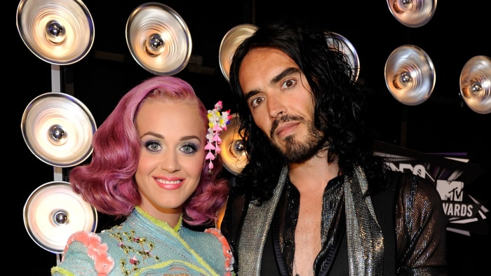 cyrus divorced singles Billy ray and tish cyrus, who share five children together including miley and noah cyrus, have publicly confirmed divorce two times -- once in 2010 and again in 2013.