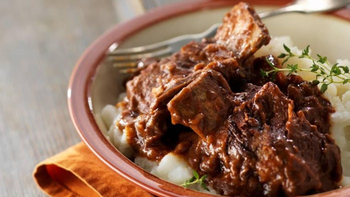 Slow Cooker Falling-Off-the-Bone Short Ribs