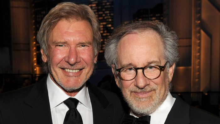 http://media1.s-nbcnews.com/j/newscms/2015_49/879971/steven-spielberg-harrison-ford-today-151201-tease_d8f74645de0cbc1c14bcb58f0c8ea557.today-inline-large.jpg