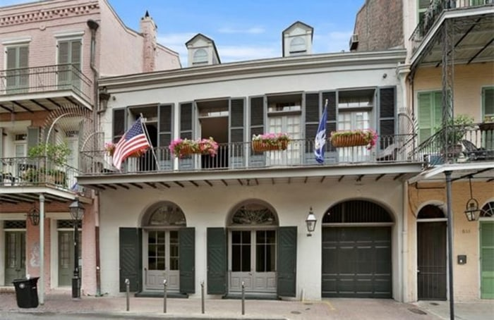 Brad pitt and angelina drop the price of their new orleans for Zillow new orleans