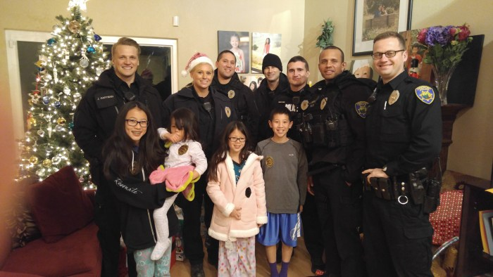 Police officers buy presents for family that reported ...
