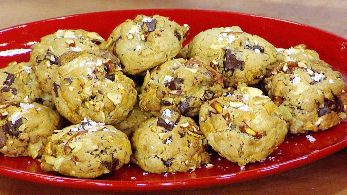 Hedy Goldsmith's Junk in da Trunk Cookies