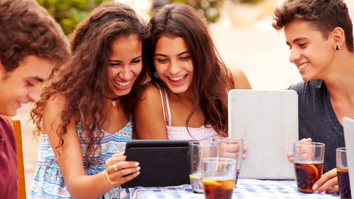 teenagers dating older people Teenchatcom - free chat.
