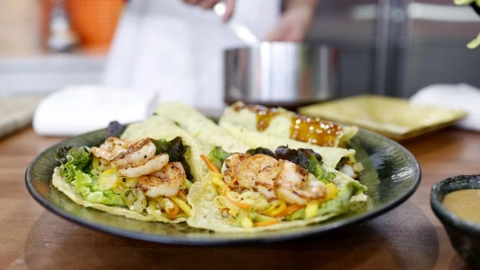 Chef Billy Dec shrimp and vegetable spring rolls