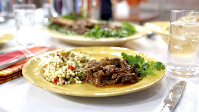 Al Roker makes slow-cooker lamb shank with herbed couscous